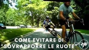 Pericoli in bicicletta sovrapporre le ruote